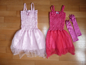 Vente: Déguisement : lot de 2 robes de fée / princesse 4 et 6 ans