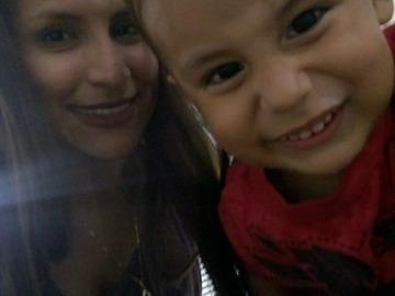 VeeBee Virtual Babysitter: Niñera Ailin Espinel