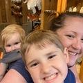 VeeBee Virtual Babysitter: Fun loving Mommy Babysitter