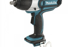 """For Sale: MAKITA 18V CORDLESS 1/2"""" IMPACT WRENCH BODY ONLY XWT04Z"""