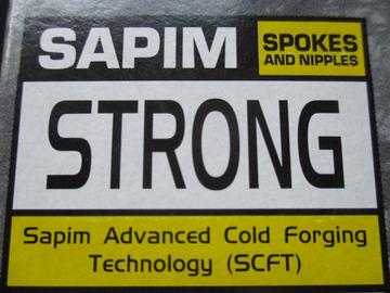 """Verkaufen: Sapim Speichen""""Race"""" """"Strong"""", 37 Stück nach Maß, silber"""