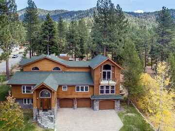Retreat Package: 6 Bedroom Heavenly Company Retreat Ski House