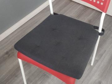 Myydään: Chair with cushion