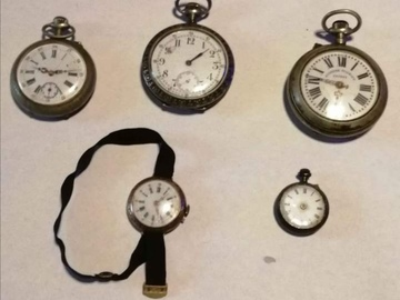 À vendre: Lots de 5 montre à gousset à réparer