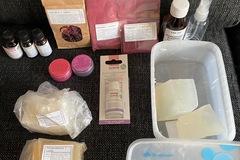 Ilmoitus: Tarvikkeita saippuantekoon (vieraslahjaksi esim)