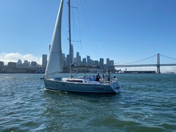 Offering: Sail a Luxurious Beneteau 37 from San Francisco