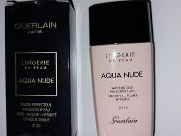 Venta: Base Lingerie de Peau, Aqua Nude de Guerlain