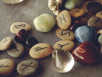 Selling: RUNES for LOVE READING-Coyote