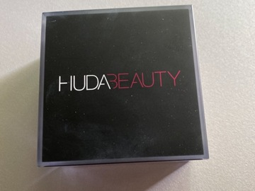 Venta: polvos huda beauty