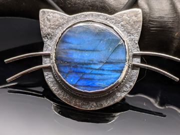Selling: Labradorite and Sterling Silver Kitty Cat Necklace
