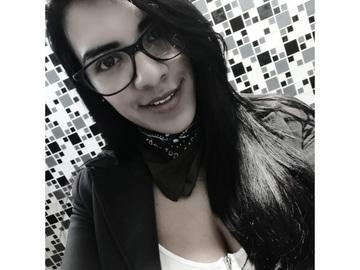 VeeBee Virtual Babysitter: Niñera Scout
