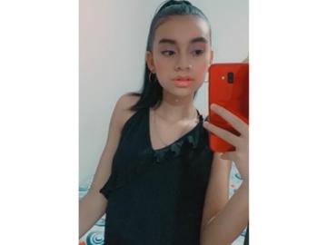VeeBee Virtual Babysitter: Niñera Colombiana