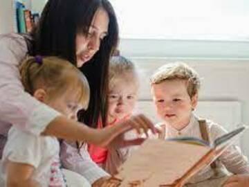 VeeBee Virtual Babysitter: Cualquiera