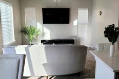 Hourly Rental: Beautiful Modern Home