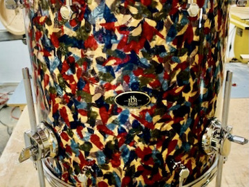 Selling with online payment: RBH 14 X 14 Floor Tom peacock wrap W/ New Humes and Berg Drum Bag