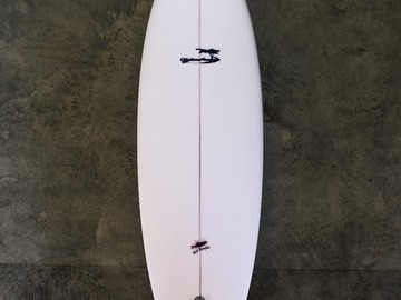 """Daily Rate: Yahoo Surfboards - 5'9"""" Red Herring Model"""