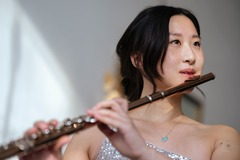 TRIAL LESSON 30 min: Flute Lessons with Eva (30 minute trial lesson)