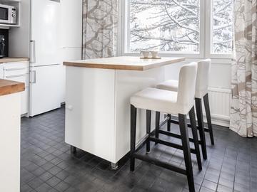 Myydään: HENRIKSDAL bar stools