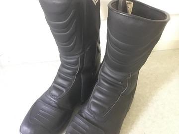 Myydään: waterproof boots (size 42)