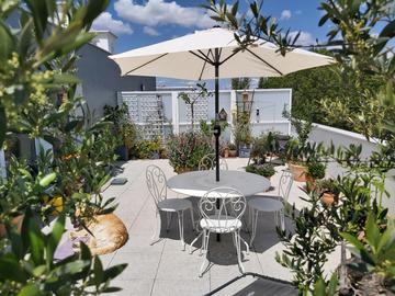 NOS JARDINS A LOUER: Terrasse ensoleillée et végétalisée pour télétravail et/ ou repos