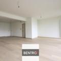 .: Gemoderniseerd appartement | door Bentro