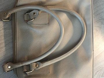 Myydään: Leather Italian bag
