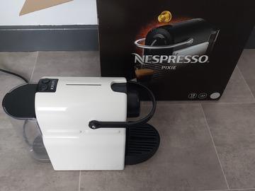 À vendre: Nespresso pour pièces ou a réparer