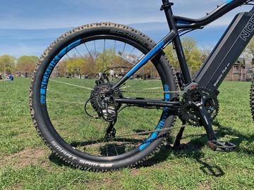 Daily Rate: Tour Brissy, New Farm, Teneriffe on this E-Bike