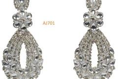 Liquidation/Wholesale Lot: Luxurious premium earrings, Pendants and Bracelets Lot
