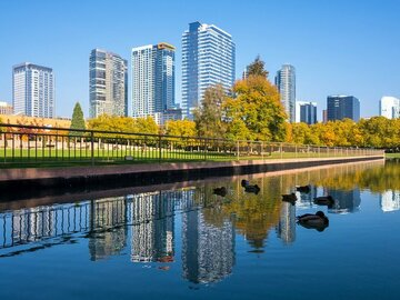 Weekly Rentals (Owner approval required): Bellevue WA, Covered Parking in Central Location.