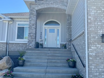 Hourly Rental: Full Home with Pool
