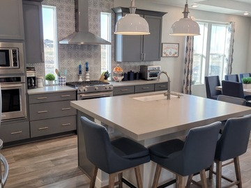 Daily Rental: Modern Farmhouse/Costal Kitchen