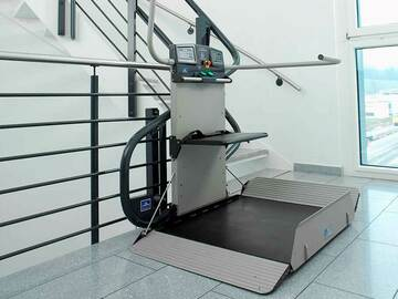 QUOTE/CONSULTATION: Inclined Platform Lift | Installed in British Columbia