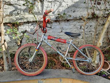"""Vente avec paiement en ligne: Vélo BMX 20"""""""