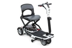 RENTAL: Folding Mobility Scooter Rental   Weekly   New York City