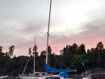 Tilbys: Deilig tur med 37 fots seilbåt, nyt opplevelsen og læringen