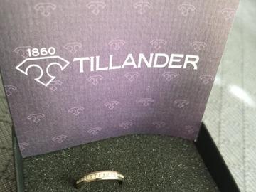 Ilmoitus: Valkokultainen Tillander-timanttisormus