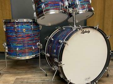 """Selling with online payment: 1968 Ludwig Hollywood drumkit Psychedelic Red, 22""""-12""""-13""""-16"""""""