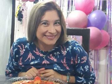 VeeBee Virtual Babysitter: Niñera mexicana virtual