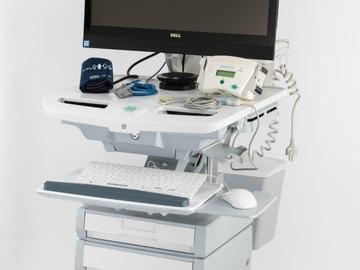 Solutions sur-mesure: Chariot de télémédecine