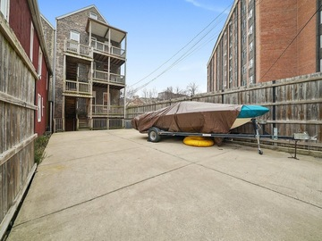 Monthly Rentals (Owner approval required): Gated Automatic Parking space by UIC