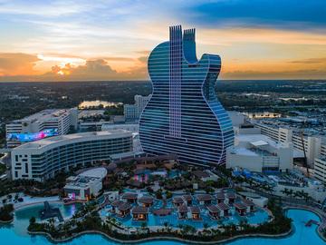 Daily Rentals: Miami FL, - Miramar. Ixora Drive. Parking for Cars, RV's, Jetskis