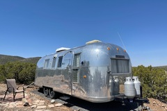 For Sale: 1964 Airstream Overlander