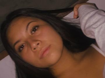 VeeBee Virtual Babysitter: Daniela Ludeña