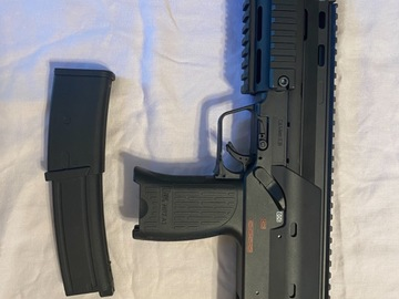 Selling: Mp7 navy gbb