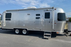 For Sale: 2019 Airstream International Serenity 25RB
