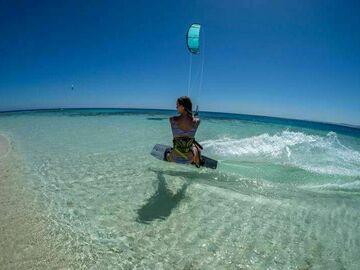 Ønskes: Lær Kitesurfing eller leie kitesurf utstyr