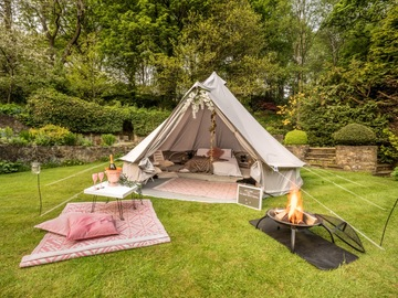 Renting out with online payment: All-inclusive Bell Tent Hire