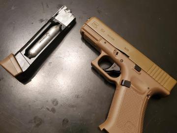 Selling: Glock 19x CO2 HBB