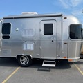 For Sale: 2018 Airstream Flying Cloud 19CB